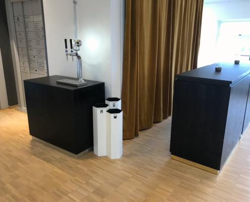 Källsorteringssystem för hotellrum konferens lobby